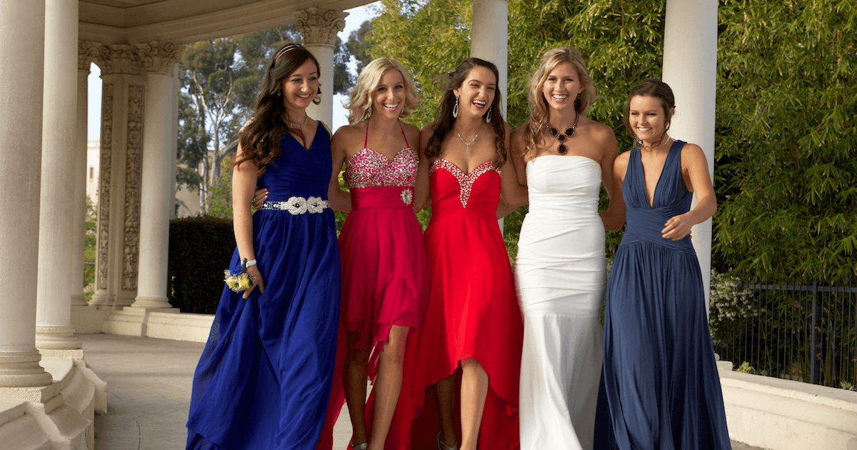stresses of prom Prom, a four letter word that can either induce excitement or anxiety for teenagers everywhere prom means a lot of things first, there's the stress of getting your dress, the staple part of your night (besides your date, of course.