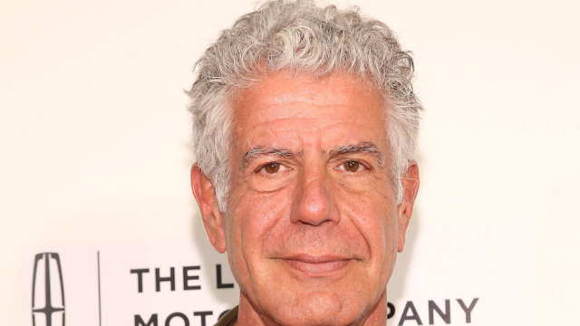 Celebrities mourn the death of Anthony Bourdain.