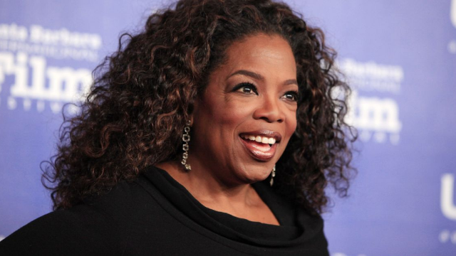 Oprah blessed us all by responding to viral meme of herself eating unseasoned chicken.