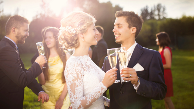 An Honest Wedding Speech From A Childhood Friend Who Hasnt Seen The Bride In 14 Years