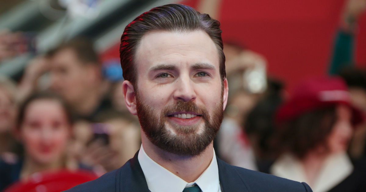 Oh sh*t! People are losing it over Chris Evans' disgustingly on-point Trump burn.