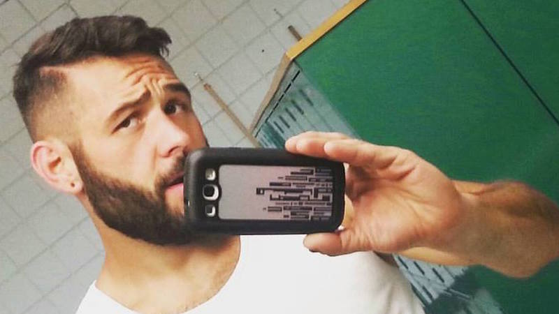 Meet Chris Mintz, the army veteran/dad who took 7 bullets after charging at the Oregon shooter.