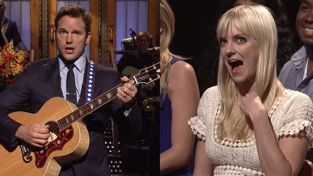 Watch Chris Pratt serenade Anna Faris in his 'SNL' monologue and cry.