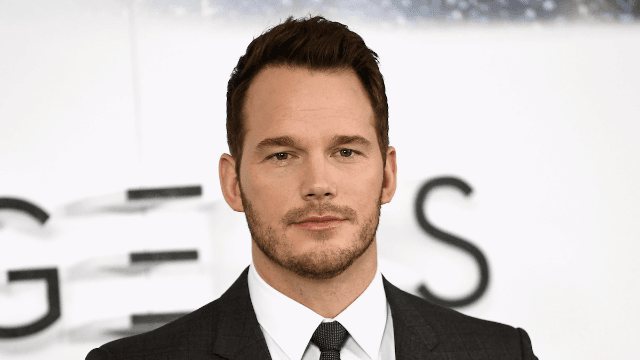 Chris Pratt publicly threatens the f*cking monster who's impersonating him to prey on women.