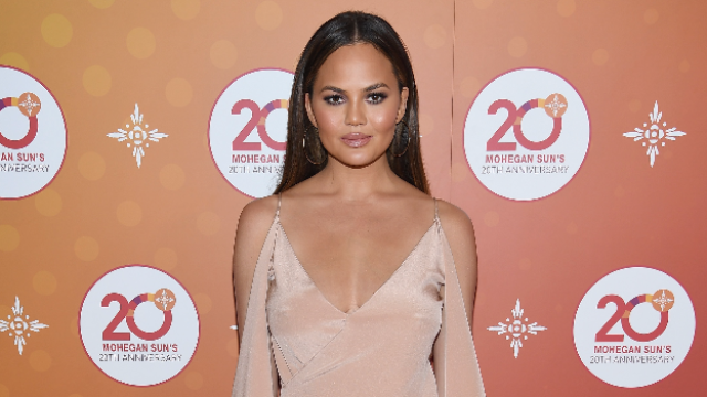 Chrissy Teigen just tweeted all her cleavage pics after discovering a weird iPhone trick.