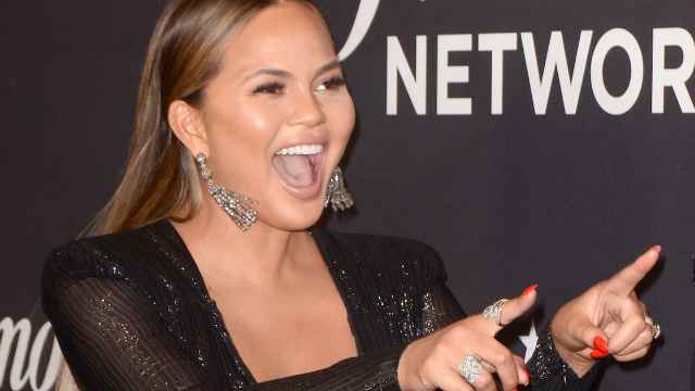 Chrissy Teigen just got extremely real about this not-glamorous side effect of breastfeeding.