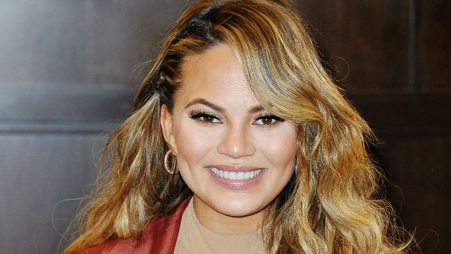 Chrissy Teigen just gave Donald Trump the birthday present America needs.