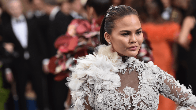 "Behold Chrissy Teigen's glowing makeup-free selfie: ""No filter needed."""