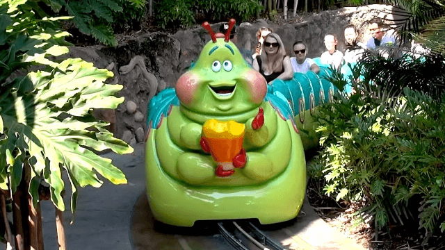 Comedian shares the horrifying moment she realized she looked just like a ride at Disneyland.