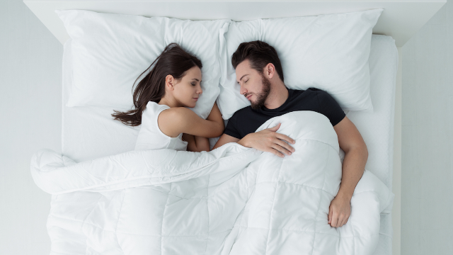 People on Twitter react to couple who don't sleep on the same side of the bed every night.