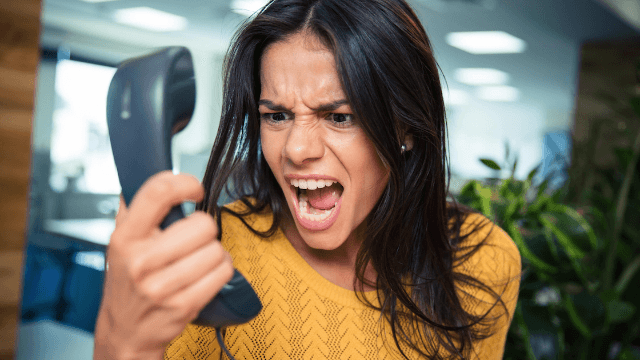 19 tales of epic coworker meltdowns that made work entertaining, at least.