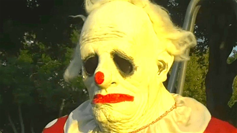 Real Clowns Are Honking Mad About The Creepy Clown Reports
