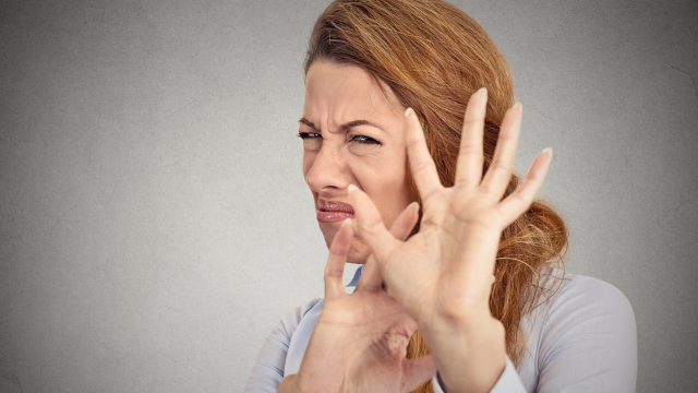 13 people share the socially acceptable behaviors that make them cringe.