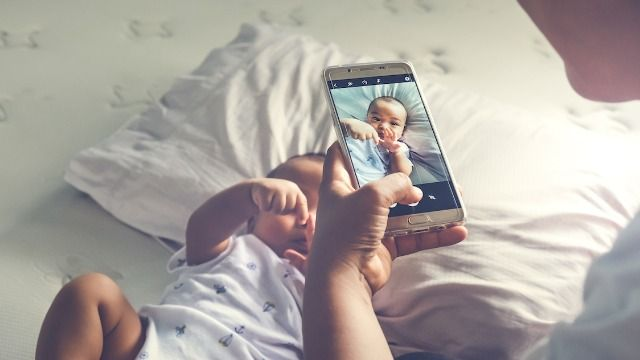 Dad asks if he was wrong to block brother-in-law for not wanting to see baby photos.