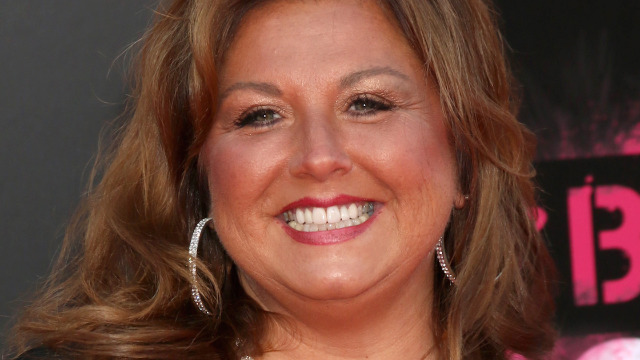 'Dance Moms' Abby Lee Miller Instagrams from prison and everyone's praising her weight loss.