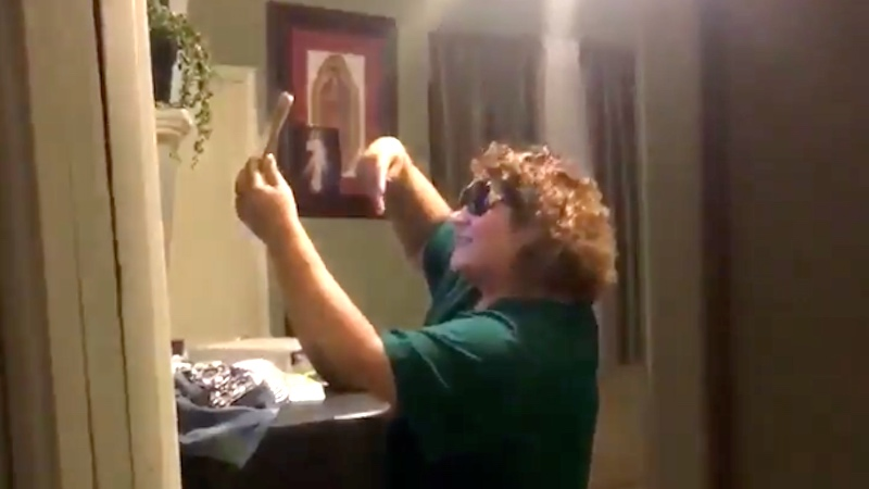 Guilty mom has the perfect reaction when daughter catches her mid-selfie.