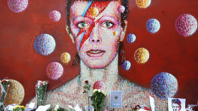 Celebrities reacted to David Bowie's death by sharing photos, stories, and music.