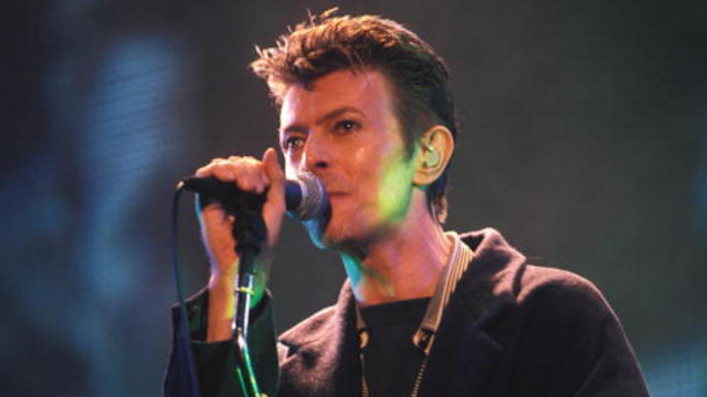 In newly unearthed recording, David Bowie does perfect musical impressions of other legendary artists.