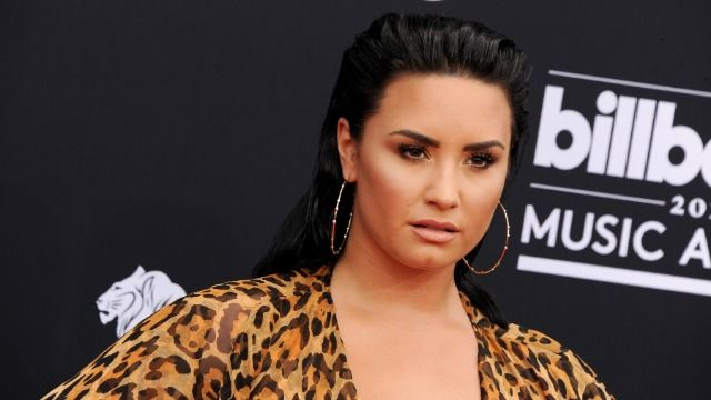Demi Lovato faces backlash for accusing froyo store of contributing to 'diet culture'