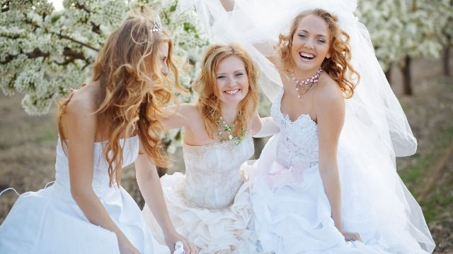 15 times guests dressed like a bride at someone else's wedding.