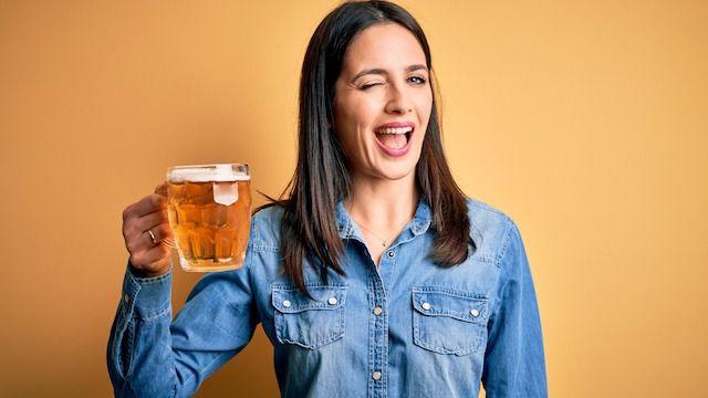 23 Boozy Memes For Anyone Who's Drinking Tonight.