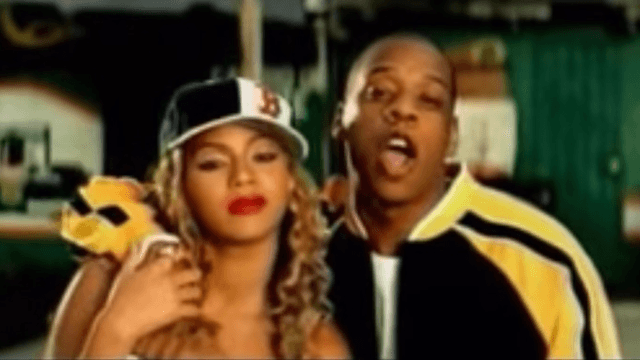 6 famous duets that worked because the singers were secretly into each other.