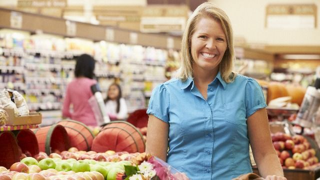 23 service industry workers share stories of their most 'Karen' customers.