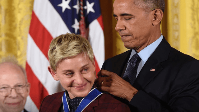 Ellen, Tom Hanks and the Medal of Freedom winners did the Mannequin Challenge at the White House.