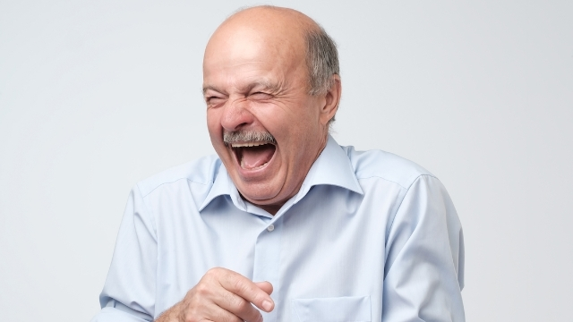 26 people share the funniest, weirdest and most embarrassing things their dads ever did.