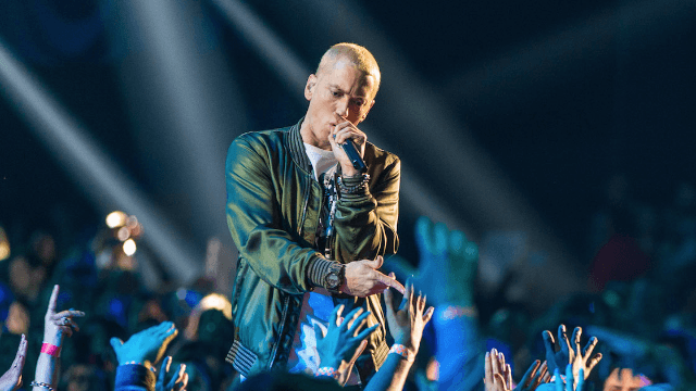 Eminem has brown hair and a beard now. Will the real Slim Shady please stand up?