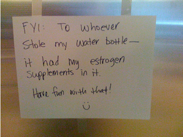 14 times people overcame boredom at work by writing highly obnoxious fridge notes.