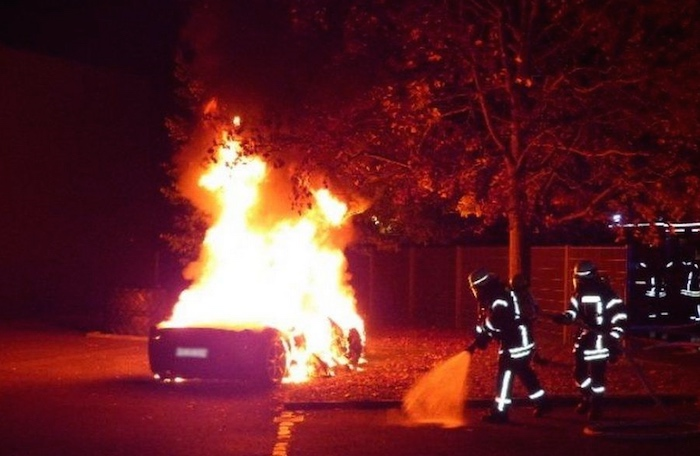 Nothing burns like an Italian car. (via Augsburg Police)
