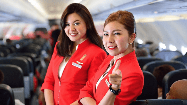 Flight attendants revealed all the mind-blowing secrets you never knew about flying.