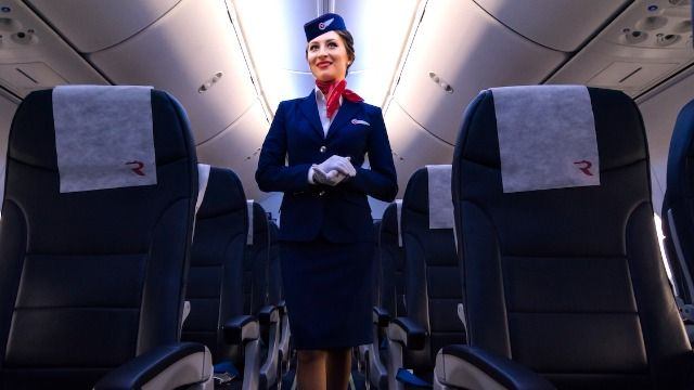 17 flight attendants share behind-the-scenes secrets that passengers don't know.