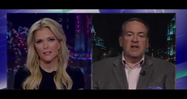 Fox News' Megyn Kelly shuts down Mike Huckabee after he says women shouldn't swear at work.