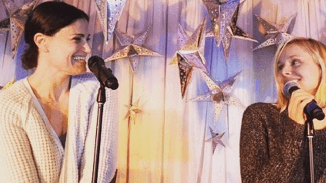 'Frozen' cast including Kristen Bell, Idina Menzel, and Josh Gad reunited to sing songs from the movie.