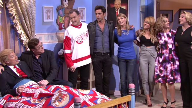 Donald Trump plays the part of the Olsen twins as 'Fuller House' unites on 'Tonight Show.'