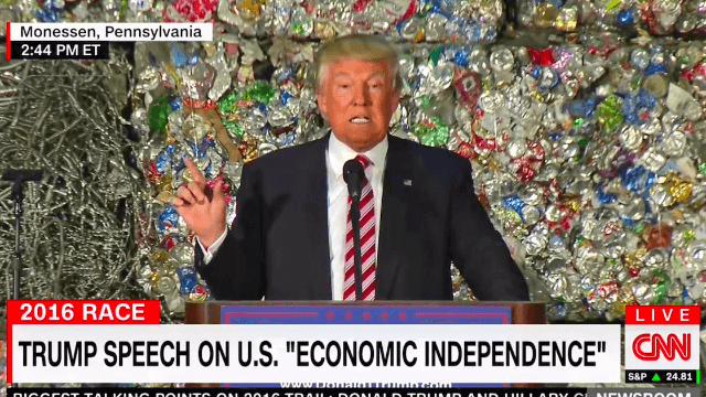 17 hilarious reactions to Donald Trump giving a speech in front of a literal wall of trash.