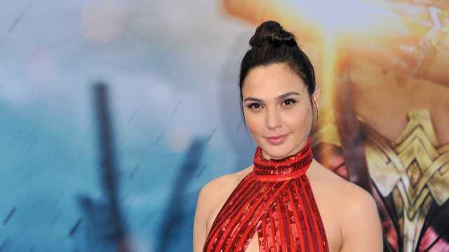 Gal Gadot's Husband Celebrates 'Wonder Woman' Wife With Perfect T-shirt