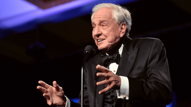 Celebrities and fans react to the passing of writer and director Garry Marshall.