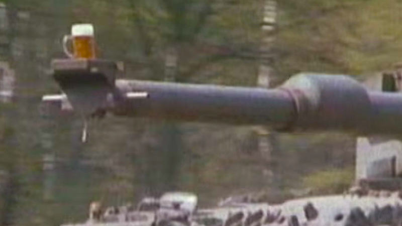 The Internet has fallen in love with a German tank video from 1986 involving frosty beer.