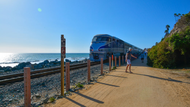 Get a 360 degree tour of Amtrak's Coast Starlight, the most beautiful train ride in America.