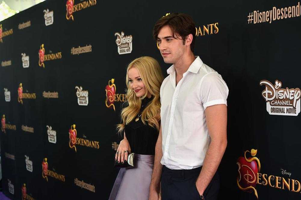 when did dove cameron start dating ryan