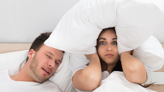 Girlfriend tweets all the crazy things her boyfriend says in his sleep. This guy needs help.