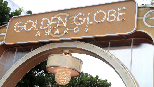 The 32 best, funniest, and thirstiest tweets about the Golden Globes red carpet.