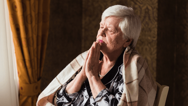 Great-grandma goes viral for accidentally praying to a 'Lord of the Rings' character.