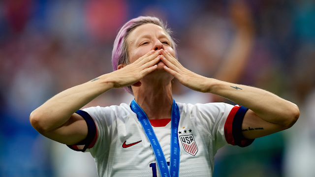 Guy calls Megan Rapinoe an 'arrogant wanker' and gets called a 'fragile hypocrite' by her fans.