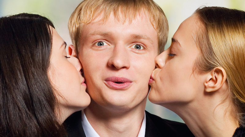 A guy lived a sitcom when he accidentally set up dates with two best friends on the same night.