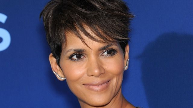 Halle Berry responds to fan who claims she 'can't keep a man.'