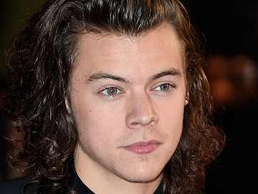 Harry Styles cried on stage last night for Zayn (probably).